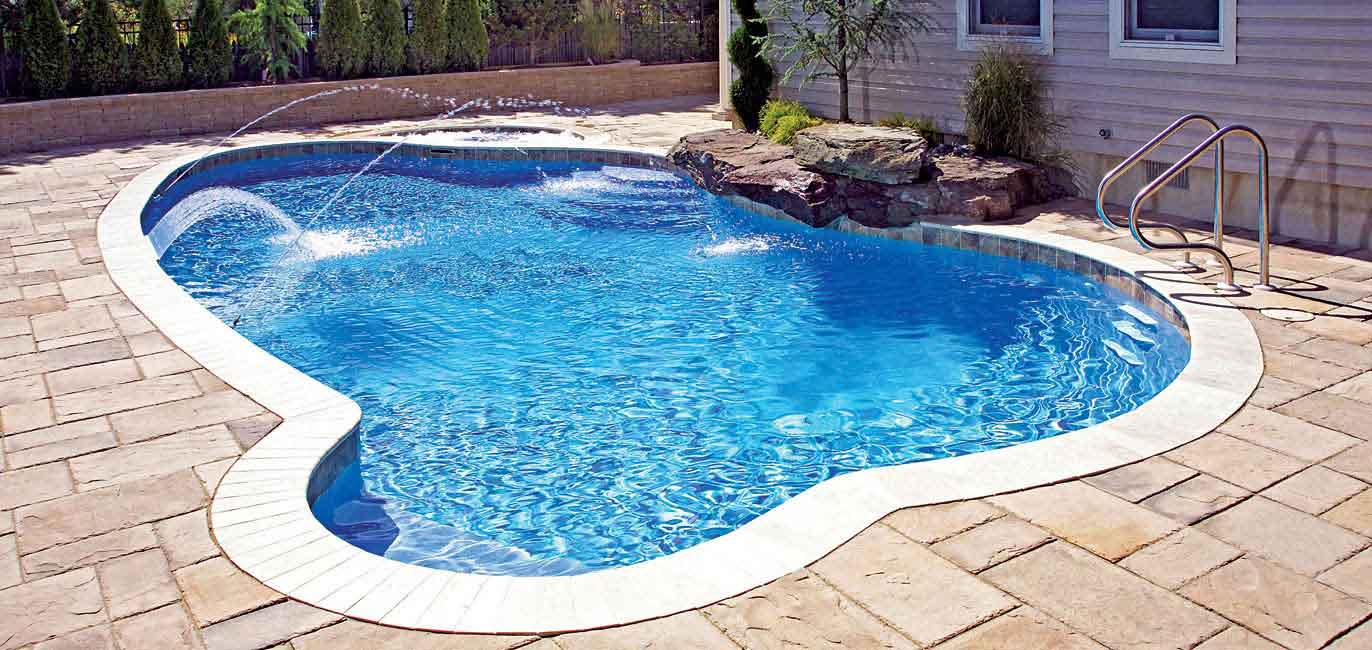 We Know a Guaranteed Way of Clearing Your Swimming Pool Water of Green Algae Virtually Overnight