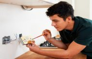 Why Past Customer Reviews Also Matter When Hiring Licensed Electrician in Toronto